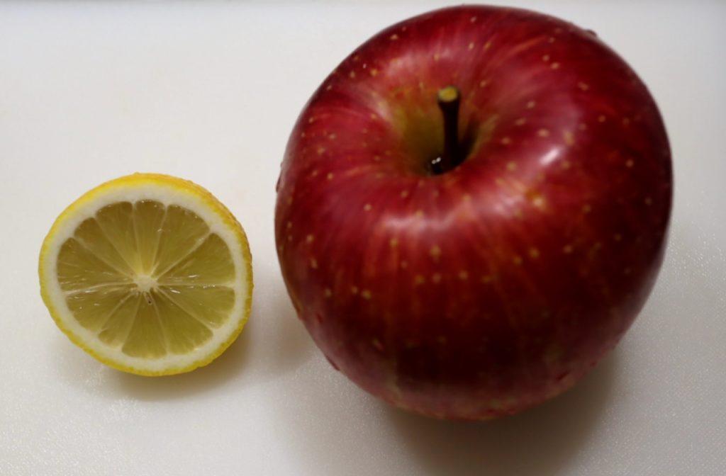 ホットクックでりんごのコンポートの材料