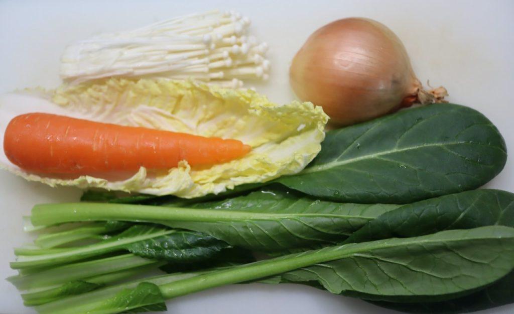 ホットクックで作る離乳食:簡単!野菜炒めの材料