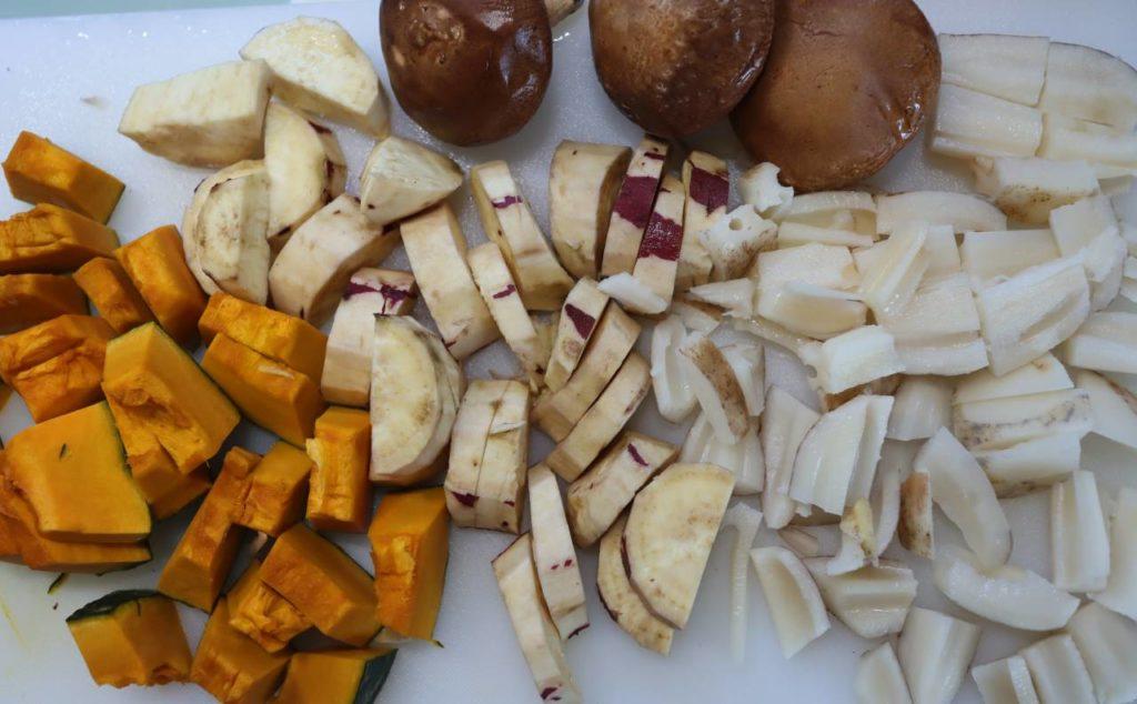 ホットクックで作る幼児食:かぼちゃと根菜と豚肉の無水煮物の材料